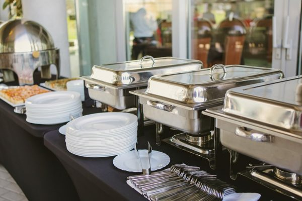 catering-food-wedding-113724689